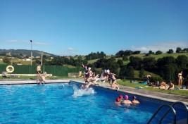 HOZ DE ANERO 11-21 julio: Frente al calor, piscina