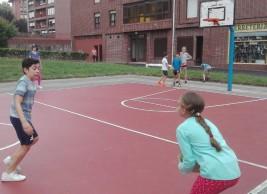 CAMPUS 1-15 julio: Jugando al baloncesto (FOTOS)