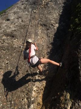 CORNEJO 1-11 JULIO: Río Trema, escalada y challenges en la clase de inglés (FOTOS)