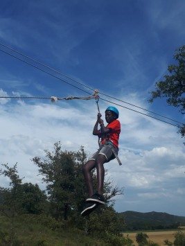 CORNEJO 21-31 JULIO: Tirolina, tiro con arco & The Frozen T-shirt challenge