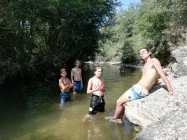 CORNEJO 1-11 AGOSTO: Gynkana de agua y tarde en el río (FOTOS Y VIDEOS)