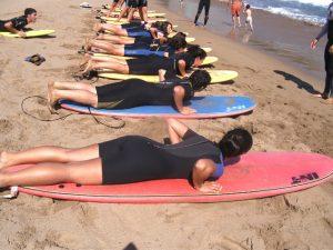 surf-campamento-pinpoil